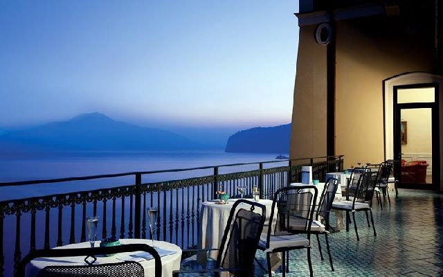 Пейзжи из окон Towers Hotel Stabiae Sorrento