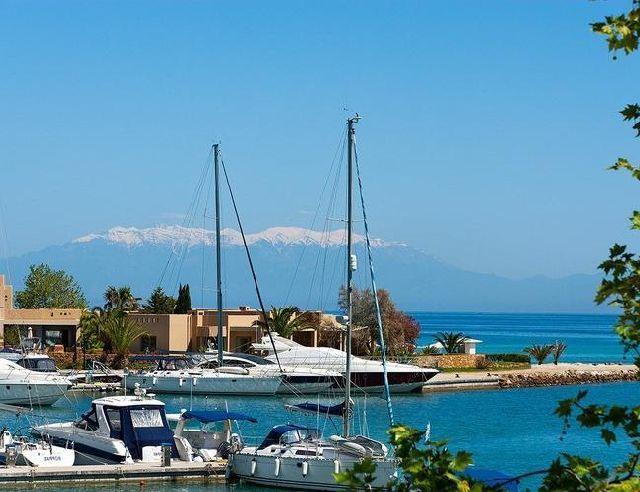 Пляжные курорты, Сани Греция