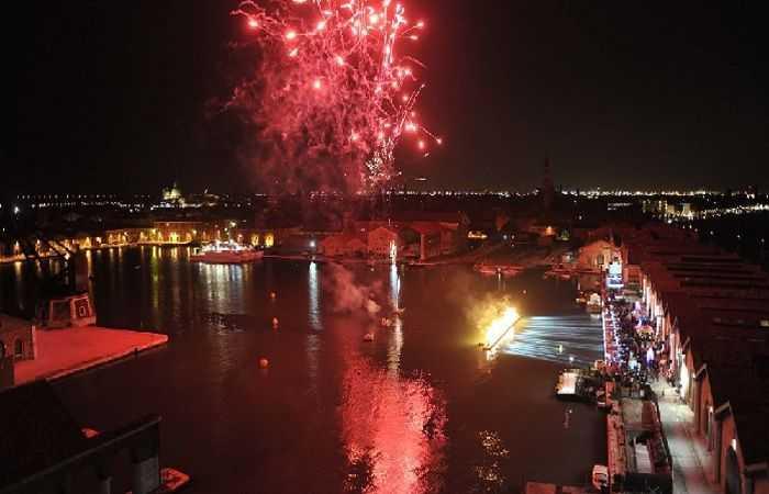 Как Венеция празднует на карнавале